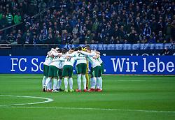 03.02.2018, Veltins Arena, Gelsenkirchen, GER, 1. FBL, Schalke 04 vs SV Werder Bremen, 21. Runde, im Bild die Mannschaft im Kreis vor dem Anpfiff // during the German Bundesliga 21th round match between Schalke 04 and SV Werder Bremen at the Veltins Arena in Gelsenkirchen, Germany on 2018/02/03. EXPA Pictures © 2018, PhotoCredit: EXPA/ Andreas Gumz<br /> <br /> *****ATTENTION - OUT of GER*****