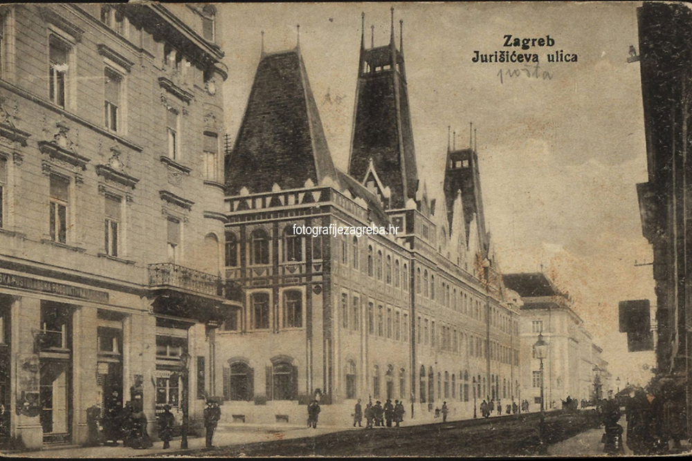 Zagreb : Jurišićeva ulica. <br /> <br /> Impresum[S. l. : S. n., 191-].<br /> Materijalni opis1 razglednica : tisak ; 9 x 13,9 cm.<br /> Vrstavizualna građa • razglednice<br /> ZbirkaGrafička zbirka NSK • Zbirka razglednica<br /> Formatimage/jpeg<br /> PredmetZagreb –– Jurišićeva ulica<br /> SignaturaRZG-JURIS-10<br /> Obuhvat(vremenski)20. stoljeće<br /> NapomenaRazglednica je putovala.<br /> PravaJavno dobro<br /> Identifikatori000954862<br /> NBN.HRNBN: urn:nbn:hr:238:290695 <br /> <br /> Izvor: Digitalne zbirke Nacionalne i sveučilišne knjižnice u Zagrebu