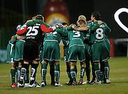 WROCLAW 26/10/2010.Puchar Polski 1/8 finalu .Sezon 2010/2011.Slask Wroclaw v Legia Warszawa.Na zdj. Pilkarze Slaska.Fot. Piotr Hawalej / WROFOTO