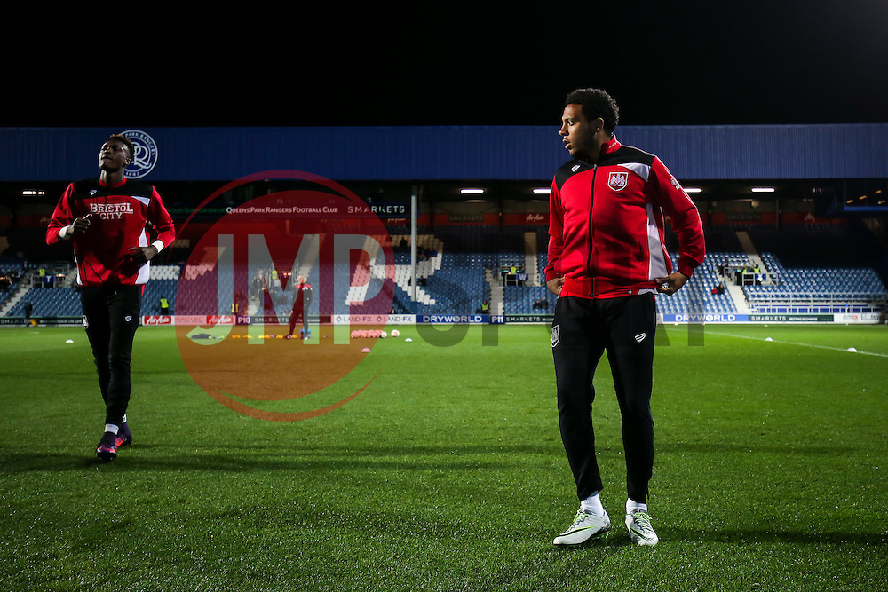 Tammy Abraham and Korey Smith of Bristol City warm up - Rogan Thomson/JMP - 18/10/2016 - FOOTBALL - Loftus Road Stadium - London, England - Queens Park Rangers v Bristol City - Sky Bet EFL Championship.