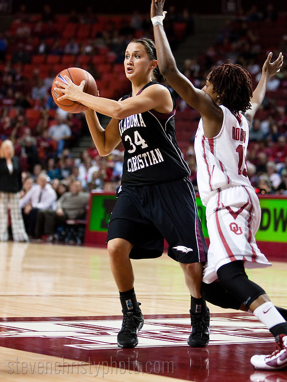 November 10, 2009: The Oklahoma Christian University Lady Eagles play an exhibition game against the University of Oklahoma Sooners at the Lloyd Noble Center in Norman, OK.