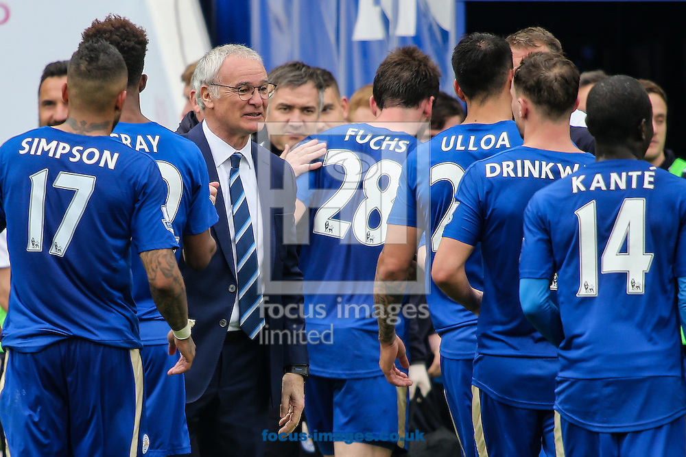 Leicester City manager Claudio Ranieri congratulates his players after the Barclays Premier League match at the King Power Stadium, Leicester<br /> Picture by Andy Kearns/Focus Images Ltd 0781 864 4264<br /> 03/04/2016