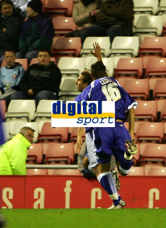 Photo: Andrew Unwin.<br /> Sunderland v Cardiff City. Coca Cola Championship. 31/10/2006.<br /> Cardiff's Michael Chopra (L) celebrates scoring his team's first goal.