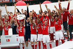 14.05.2016, Allianz Arena, Muenchen, GER, 1. FBL, FC Bayern Muenchen vs Hannover 96, 34. Runde, im Bild FC Bayern ist zum 26. Mal Deutscher Fussball Meister, // during the German Bundesliga 34th round match between FC Bayern Munich and Hannover 96 at the Allianz Arena in Muenchen, Germany on 2016/05/14. EXPA Pictures © 2016, PhotoCredit: EXPA/ SM<br /> <br /> *****ATTENTION - OUT of GER*****
