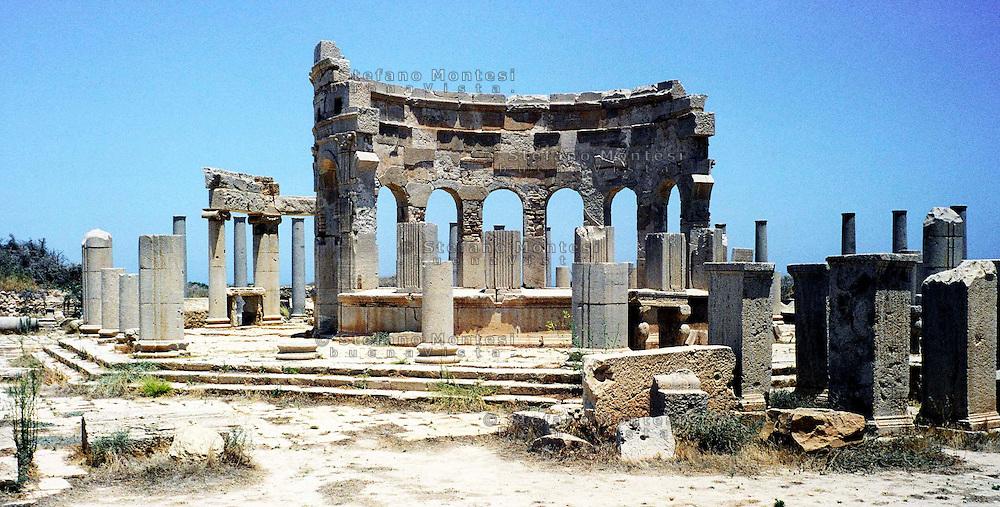 Libia, Leptis Magnia, Il mercato.Considerato il più bel sito romano del Mediterraneo..Libya, Leptis Magna.Considered the best Roman site in the Mediterranean, the market