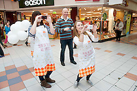 Armed with their brand new no mess flour tubs, The Odlums Roadshow came to Galway Shopping Centre on Saturday. Shoppers queued up to watch icing demo's, win Odlums goodies and taste the delicious Odlums cakes. The Great Irish Bakeoff sponsored by Odlums had contributed to a renewed interest in baking nationwide' .   Photo:Andrew Downes.