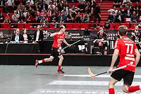2019-04-27 |Stockholm | Storvreta IBK (21) Jesper Berggren and Storvreta IBK (77) Tobias Gustafsson during the Final Game in SSL Floorball between Storvreta IBK and IBF Falun at Globen Arena. (Photo by: Daniel Carlstedt | Swe Press Photo).