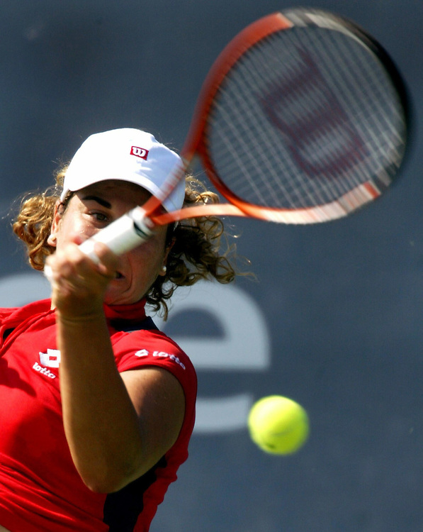 Magui Serna of Spain returns the ball against her compatriot Maria Sanchez Lorenzo at the US Open in Flushing Meadows, NY, Thursday 28 August 2003. EPA PHOTO/EPA/ANDREW GOMBERT//