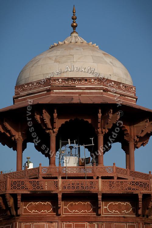 A an air pollution detector is standing inside the Taj Mahal main complex, in Agra.
