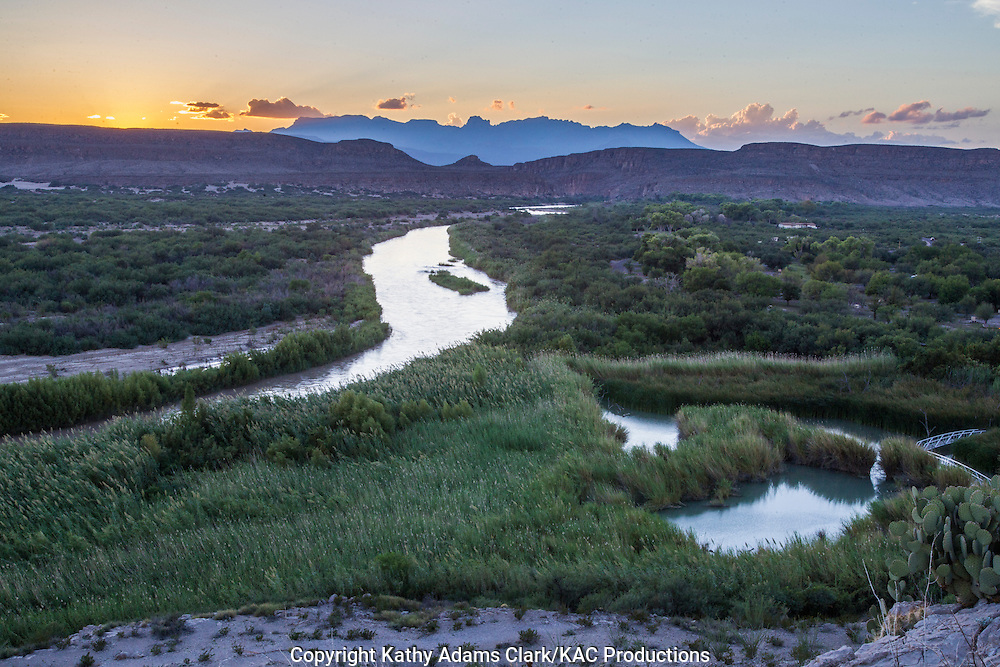 Rio Grande, Chisos Mountains in background, Mexico on left, United States on right, in Big Bend National Park, Texas. Vantage Point is the Rio Grande Village overlook.