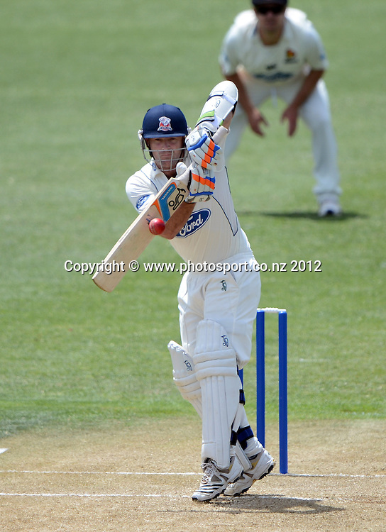 Auckland's Gareth Hopkins. Plunket Shield Cricket, Auckland Aces v Wellington Firebirds at Eden Park Outer Oval. Auckland on Tuesday 27 November 2012. Photo: Andrew Cornaga/Photosport.co.nz