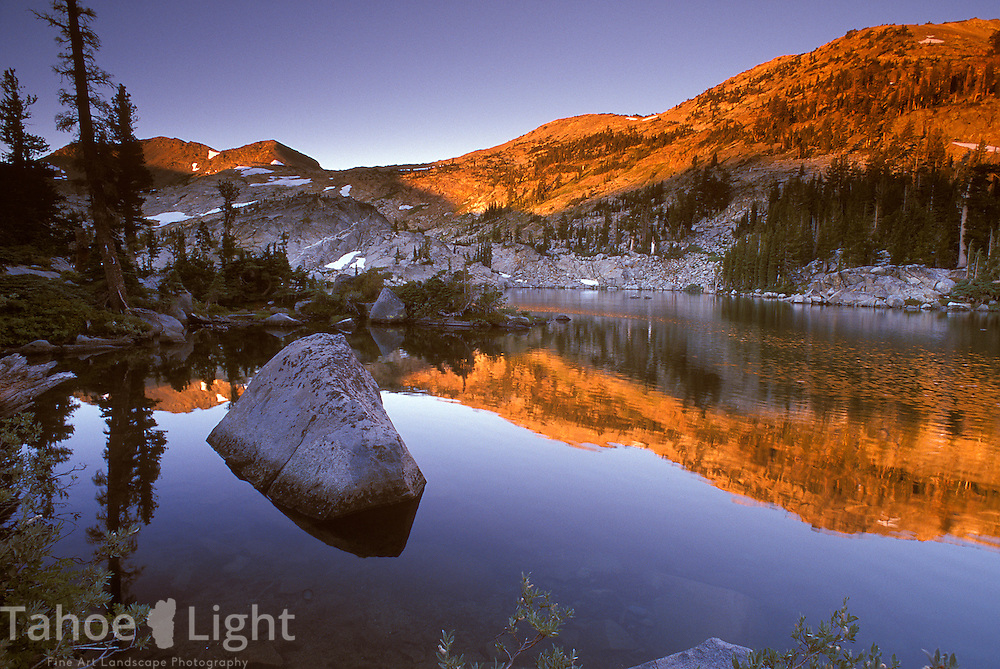 Sunrise at Fontanillis Lake in Desolation WIlderness along the Tahoe Rim Trail.