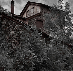 House near Surri, Vall de Cardos.