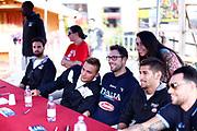 Filippo Baldi Rossi<br /> Raduno Nazionale Maschile Senior<br /> Autografi con tifosi<br /> Folgaria, 27/07/2017<br /> Foto Ciamillo-Castoria/ M. Brondi
