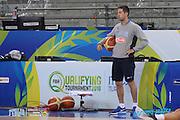 DESCRIZIONE: Torino FIBA Olympic Qualifying Tournament Allenamento<br /> GIOCATORE: Marco Esposito<br /> CATEGORIA: Nazionale Italiana Italia Maschile Senior Allenamento<br /> GARA: FIBA Olympic Qualifying Tournament Semifinale Allenamento<br /> DATA: 09/07/2016<br /> AUTORE: Agenzia Ciamillo-Castoria