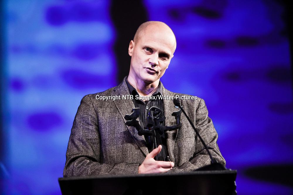 Oslo  20101123. Stian Hole vant Brageprisen 2010 i kategorien &Acirc;pen klasse - beste billedbok for voksne og barn med boka &quot;Garmanns hemmelighet&quot;.<br /> Foto: Aleksander Andersen / Scanpix .<br /> <br /> NTB Scanpix/Writer Pictures<br /> <br /> WORLD RIGHTS, DIRECT SALES ONLY, NO AGENCY