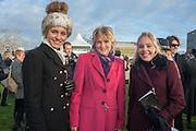 BELLA LLOYD WEBBER; LADY LLOYD WEBBER; DANIELLE LLOYD WEBBER; , Hennessy Gold Cup, The Racecourse Newbury. 30 November 2013.