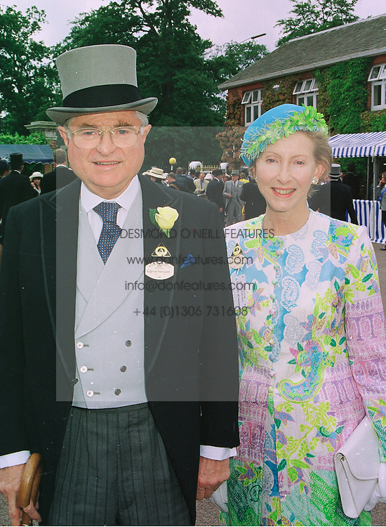 The 8th EARL & COUNTESS OF MANSFIELD at Royal Ascot on 16th June 1998.MIL 36