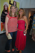 Stella Vine and Gerri Halliwell. 'Stellawood' exhibition of work by Stella Vine, Hamiltons. Carlos Place. London. 22 June 2005. ONE TIME USE ONLY - DO NOT ARCHIVE  © Copyright Photograph by Dafydd Jones 66 Stockwell Park Rd. London SW9 0DA Tel 020 7733 0108 www.dafjones.com