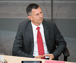 12.06.2019, Hofburg, Wien, AUT, Parlament, Nationalratssitzung, Sitzung des Nationalrates mit Vorstellung der Übergangsregierung, im Bild Verteidigungsminister Thomas Starlinger // Austrian Defence Minister Thomas Starlinger during meeting of the National Council of austria at Hofburg palace in Vienna, Austria on 2019/06/12, EXPA Pictures © 2019, PhotoCredit: EXPA/ Michael Gruber