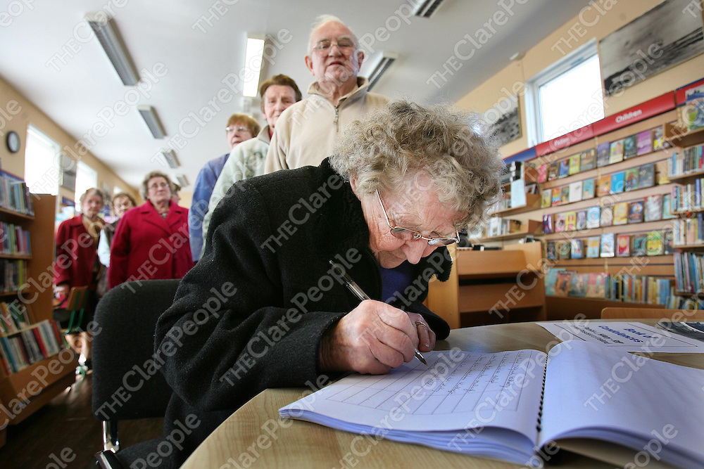 Susan Downes ,Clounlaheen,Mullagh ,Co Clare signing the Book Of Condelence for the late Patrick J Hillery at the Library named in his honour at Milltown Malbay ,Co Clare on Monday.<br /><br />Photograph by Eamon Ward
