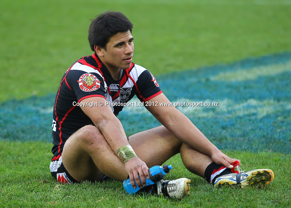 Ben Henry sits dejected after the loss during the NRL game, Vodafone Warriors v Penrith Panthers, Mt Smart Stadium, Auckland, Sunday 19 August  2012. Photo: Simon Watts /photosport.co.nz