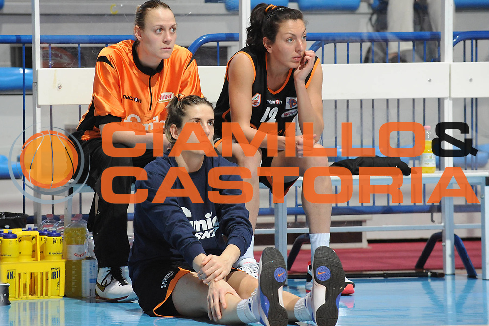 DESCRIZIONE : Faenza LBF Playoff Semifinale Gara3 Club Atletico Faenza Famila Schio<br /> GIOCATORE : Raffaella Masciadri Kathrin Ress Emanuela Ramon<br /> SQUADRA : Famila Schio<br /> EVENTO : Campionato Lega Basket Femminile A1 2009-2010<br /> GARA : Club Atletico Faenza Famila Schio<br /> DATA : 27/04/2010 <br /> CATEGORIA : <br /> SPORT : Pallacanestro <br /> AUTORE : Agenzia Ciamillo-Castoria/M.Marchi<br /> Galleria : Lega Basket Femminile 2009-2010<br /> Fotonotizia : Faenza LBF Playoff Semifinale Gara3 Club Atletico Faenza Famila Schio <br /> Predefinita :