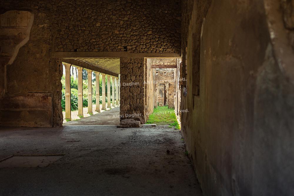 Big empty room - pompeii, Italy 2014
