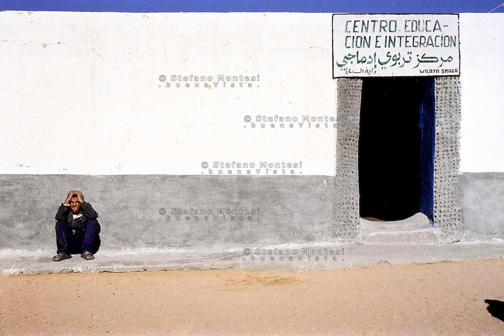 Gennaio 2009 .Campo Profughi Saharawi di Smara.Centro di educazione e intregazione per persone con handicap.January 2009.Saharawi refugee camp of Smara.Center of education and integration for people with handicap.