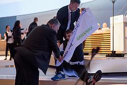 20.04.2016, Messe Essen, Essen, GER, Hauptversammlung RWE AG, im Bild Aktivist von Greenpeace wird bei der Hauptversammlung von RWE von Sicherheitskraeften von der B∏hne getragen // during the annual general meeting of RWE AG at the Messe Essen in Essen, Germany on 2016/04/20. EXPA Pictures © 2016, PhotoCredit: EXPA/ Eibner-Pressefoto/ Deutzmann<br /> <br /> *****ATTENTION - OUT of GER*****