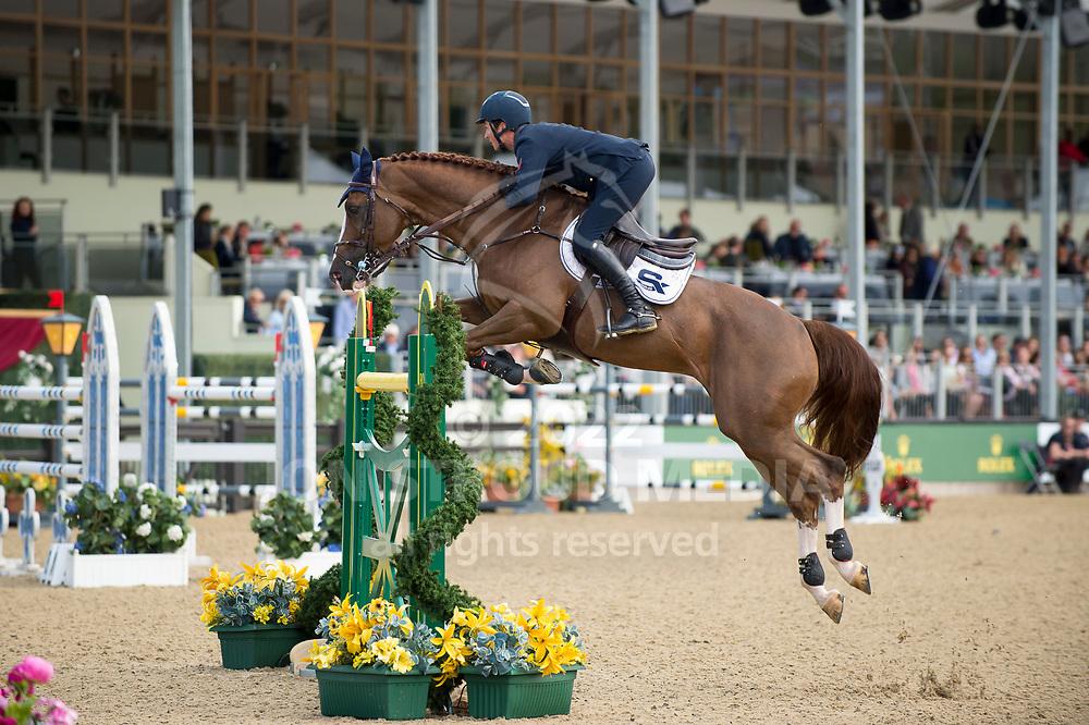 Lorenzo De Luca (ITA) & Hallifax van het Kluizebos - Rolex Grand Prix - CSI5* Jumping - Royal Windsor Horse Show - Home Park, Windsor, United Kingdom - 14 May 2017