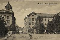 Zagreb : Frankopanska ulica. <br /> <br /> ImpresumS. l. : S. n., [1921].<br /> Materijalni opis1 razglednica : tisak ; 9 x 14 cm.<br /> Vrstavizualna građa • razglednice<br /> ZbirkaGrafička zbirka NSK • Zbirka razglednica<br /> Formatimage/jpeg<br /> PredmetZagreb –– Frankopanska<br /> SignaturaRZG-FRA-2<br /> Obuhvat(vremenski)20. stoljeće<br /> NapomenaRazglednica je putovala 1921. godine.<br /> PravaJavno dobro<br /> Identifikatori000952491<br /> NBN.HRNBN: urn:nbn:hr:238:866483 <br /> <br /> Izvor: Digitalne zbirke Nacionalne i sveučilišne knjižnice u Zagrebu