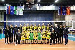 26-11-2015 SLO: Champions League Calcit Ljubljana - VakifBank Istanbul, Ljubljana<br /> Team VakifBank Istanbul with Lonneke Sloetjes, Robin de Kruif, Anne Buijs en Giovanni Guidetti<br /> <br /> ***NETHERLANDS ONLY***