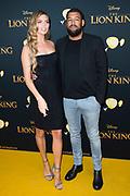 Nederlandse galapremiere van de Disney-klassieker Lion King in Pathe Tuschinski, Amsterdam.<br /> <br /> Op de foto:  Kim Feenstra en partner Michael Mendoza