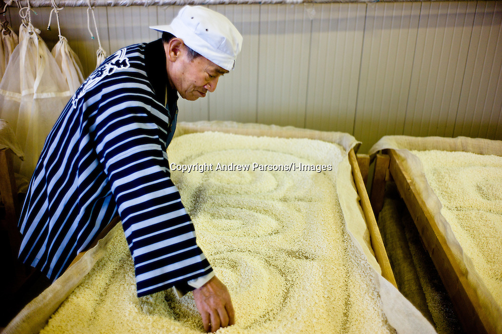 Sake being made at the Tengumai sake Brewery in Hakusan city, Japan, February, 2012. Photo By Andrew Parsons/ i-Images