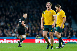 New Zealand Fly-Half Daniel Carter looks on after kicking a drop goal to give his side a 24-17 lead - Mandatory byline: Rogan Thomson/JMP - 07966 386802 - 31/10/2015 - RUGBY UNION - Twickenham Stadium - London, England - New Zealand v Australia - Rugby World Cup 2015 FINAL.