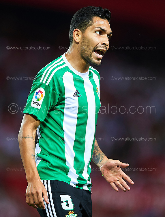 SEVILLE, SPAIN - SEPTEMBER 20:  Petro Matheus dos Santos Araujo of Real Betis Balompie looks on during the match between Sevilla FC vs Real Betis Balompie as part of La Liga at Estadio Ramon Sanchez Pizjuan on September 20, 2016 in Seville, Spain.  (Photo by Aitor Alcalde Colomer/Getty Images)