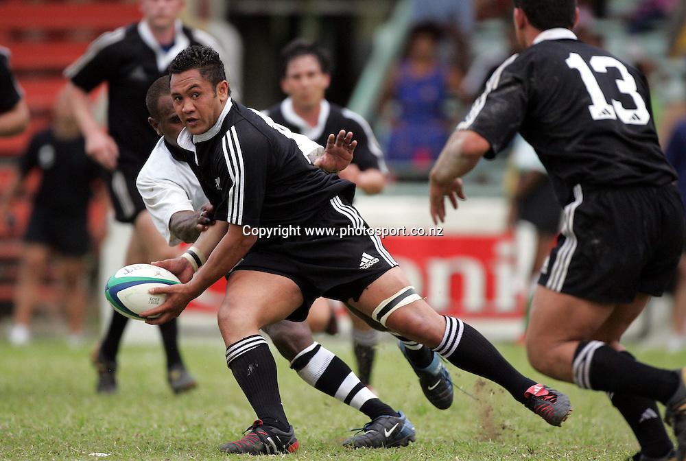 New Zealands Eddie Hekenui in action during the International rugby match between Fiji and New Zealand Divisional XV at Ratu Cakobau Park, Nausori, Fiji, on Wednesday 10 November, 2005. Fiji won the match 16-13. Photo: Andrew Cornaga/PHOTOSPORT<br /><br /><br />134270