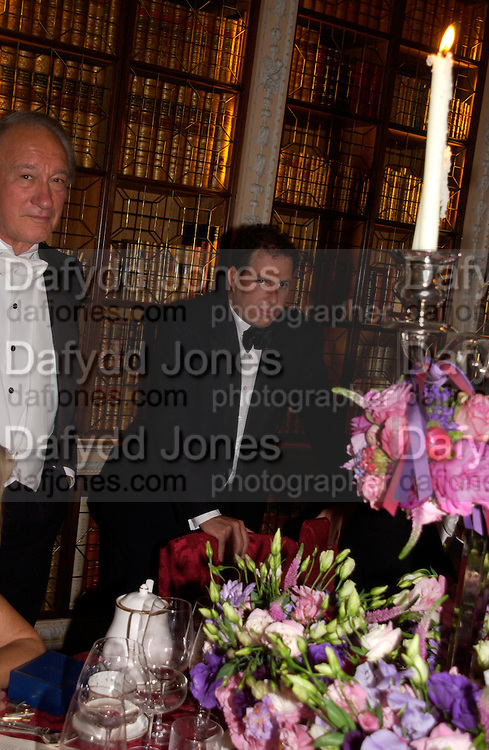 Viscount Linley, Ball at Blenheim Palace in aid of the Red Cross, Woodstock, 26 June 2004. SUPPLIED FOR ONE-TIME USE ONLY-DO NOT ARCHIVE. © Copyright Photograph by Dafydd Jones 66 Stockwell Park Rd. London SW9 0DA Tel 020 7733 0108 www.dafjones.com