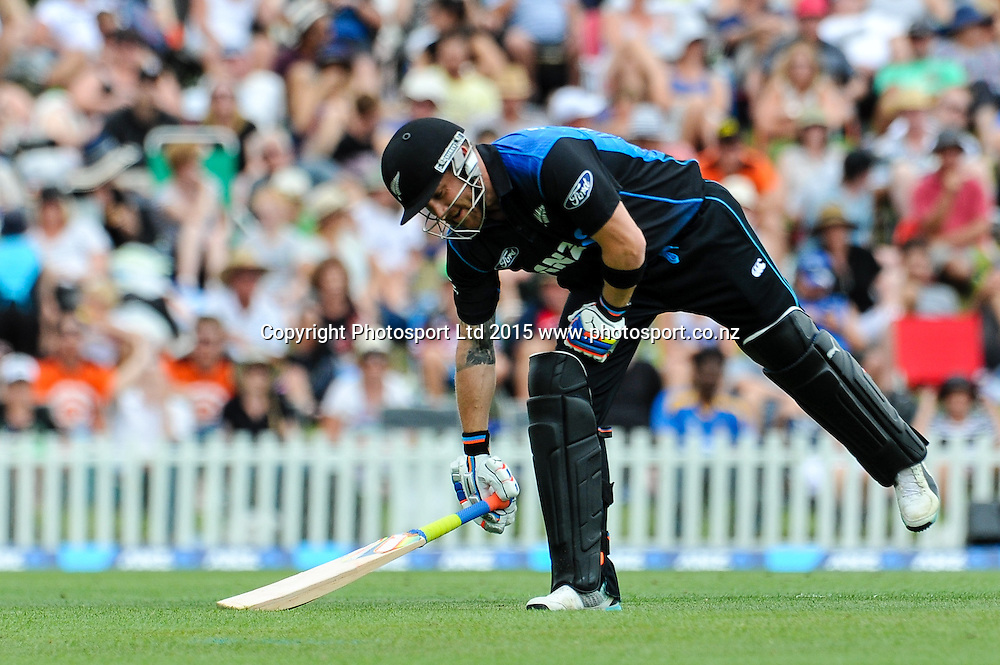 Brendon McCullum of the Black Caps picks his bat up in the first ODI, Black Caps v Sri Lanka, at Hagley Oval, Christchurch, 11 January 2015. Photo:John Davidson/www.photosport.co.nz