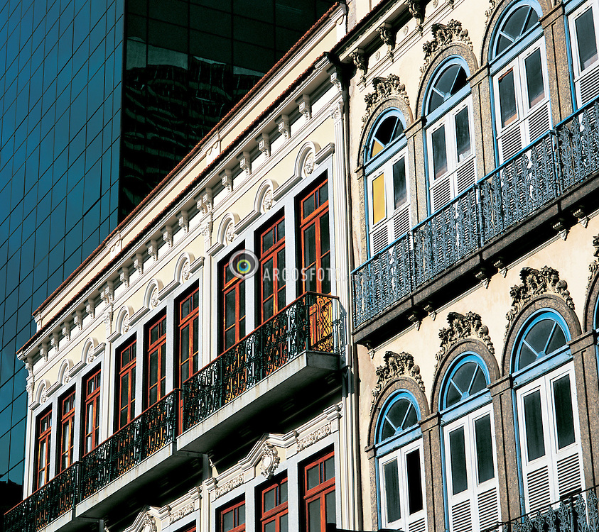 Rua Uruguaiana no Rio de Janeiro / Uruguaiana Street in Rio de Janeiro