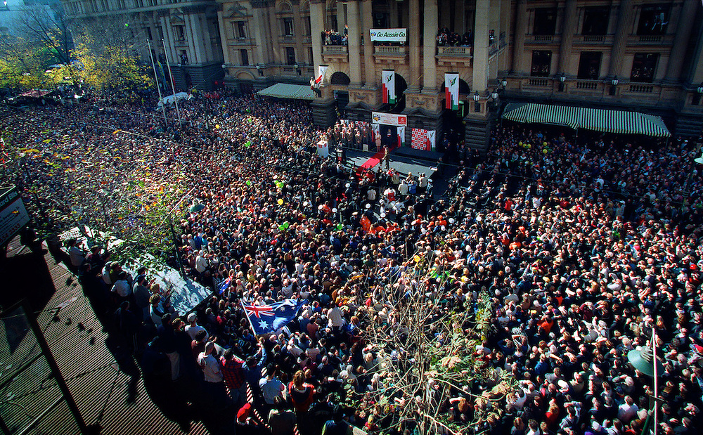 csz990623.002.021.jpg Craig Sillitoe..cricket supporters crowd around the town hall in Melbourne to welcome australias world cup winning team..picture by craig sillitoe melbourne photographers, commercial photographers, industrial photographers, corporate photographer, architectural photographers, This photograph can be used for non commercial uses with attribution. Credit: Craig Sillitoe Photography / http://www.csillitoe.com<br />
