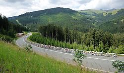05.07.2011, AUT, 63. OESTERREICH RUNDFAHRT, 3. ETAPPE, KITZBUEHEL-PRAEGRATEN, im Bild das Feld mit Fredrik Kessiakoff, (SWE, Pro Team Astana) am Pass Thrun// during the 63rd Tour of Austria, Stage 3, 2011/07/05, EXPA Pictures © 2011, PhotoCredit: EXPA/ S. Zangrando