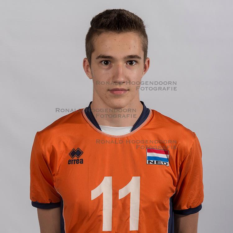 07-06-2016 NED: Jeugd Oranje jongens &lt;1999, Arnhem<br /> Photoshoot met de jongens uit jeugd Oranje die na 1 januari 1999 geboren zijn / Daan Streutker DIA