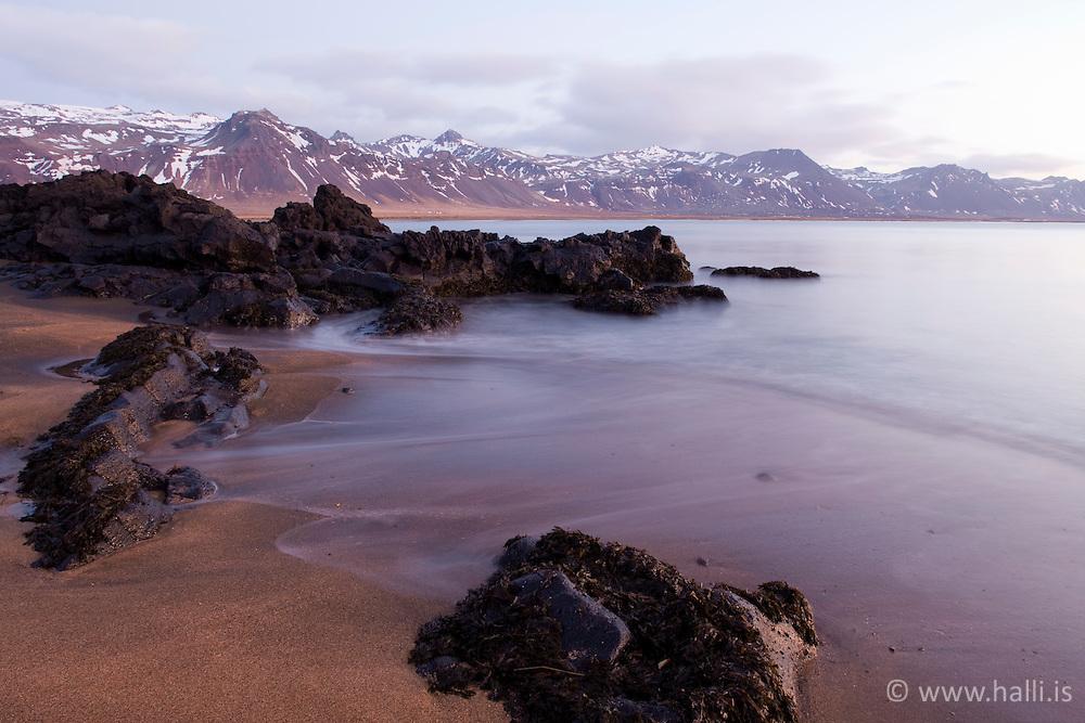 Sand beach at Budir, Snaefellsnes, Iceland at sunrise - Fjara við Búðir í sólarupprás