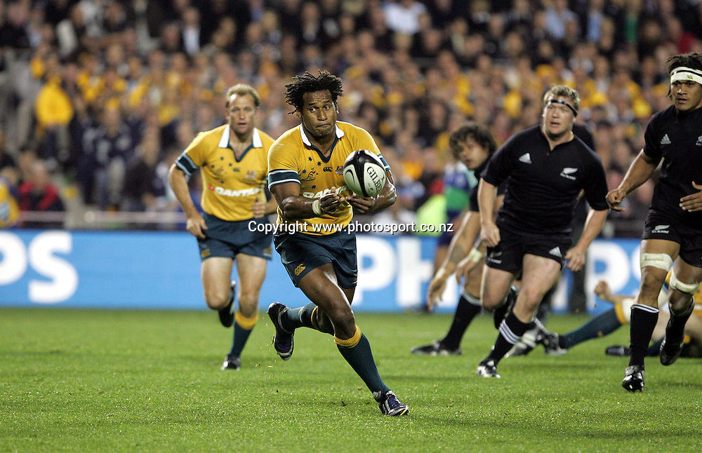 Lote Tuqiri in action during the Tri Nations Bledisloe Cup rugby match between the All Blacks and Australia at Eden Park, Auckland, New Zealand on Saturday 3 September, 2005. The All Blacks defeated the Wallabies 34-24 to retain the Bledisloe Cup and win the Tri Nations. Photo:Michael Bradley/PHOTOSPORT<br />