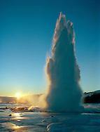 Strokkur í Haukadal, Bláskógabyggð áður Biskupstungnahreppur / Strokkur spouting hot spring near Great Geysir in Haukadal, Blaskogabyggd former Biskupstungnahreppur