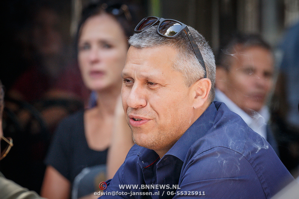 NLD/Amsterdam/20150627 -Martin Kok op het terras,