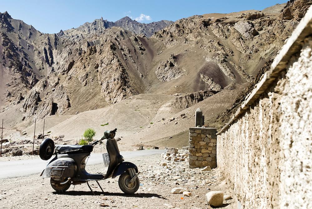 Vespa adventure in Ladakh