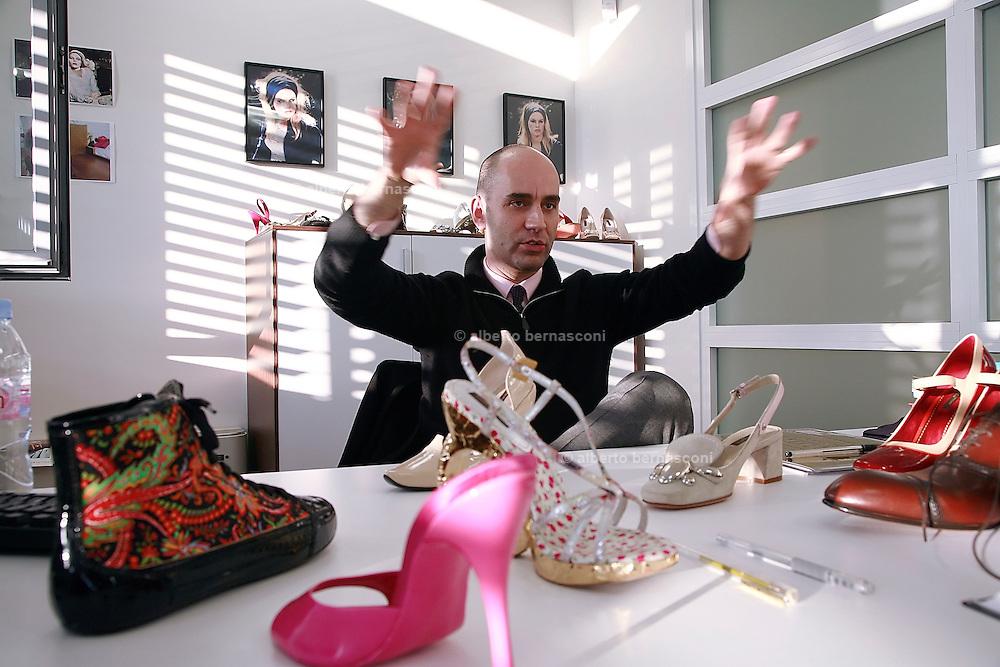 Fiesso, Padova: fabbrica scarpe Louis Vuitton , Fabrizio Viti, design director Italy, Padoa, louis vuitton shoe factory.  Fabrizio Viti, design director  Fabrizio Viti, design director